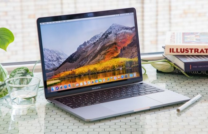 Speed to Go: 13-inch MacBook Pro with Touch Bar (2018)